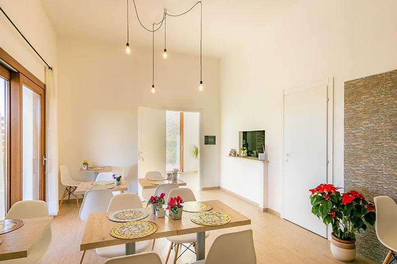 sala-colazione-villa-landolina-noto-8