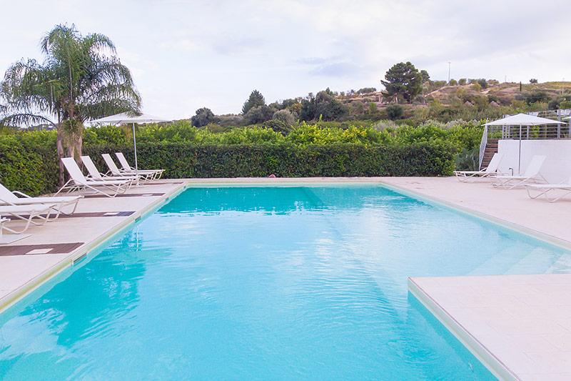 piscina-a-sfioro-villa-landolina-noto