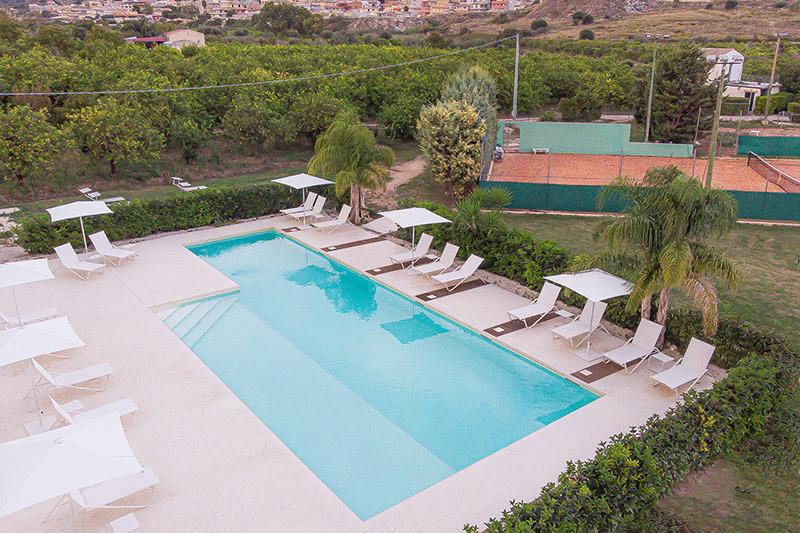 piscina-vista-aerea-villa-landolina-noto